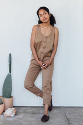 Jungmaven : Button Front Jumper in Espresso Brown