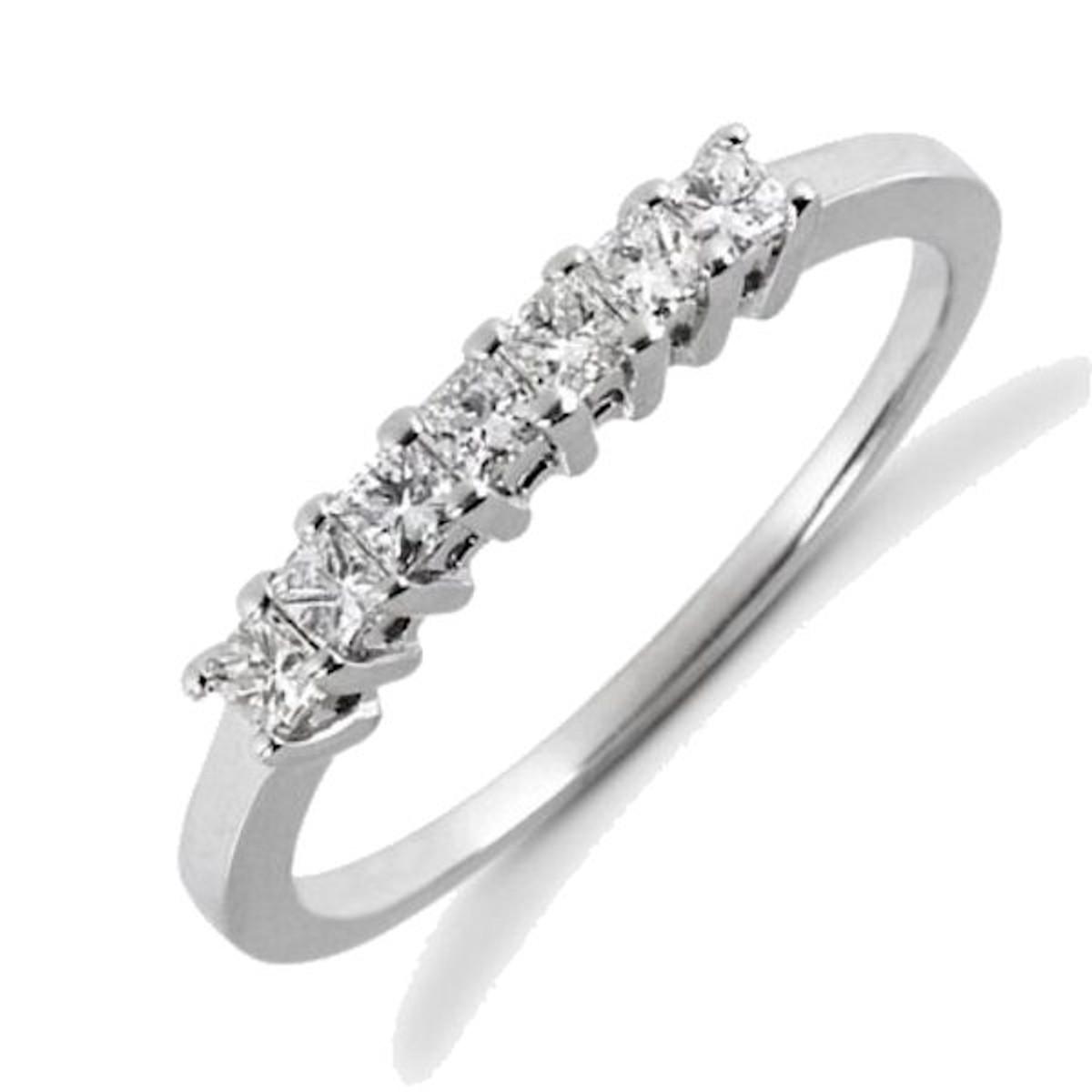 7 stone diamond anniversary ring