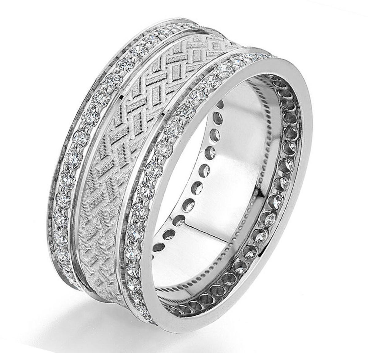 0.84 Ct Tw Diamond Wedding Band