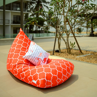 Orange outdoor bean bag lounger Spice