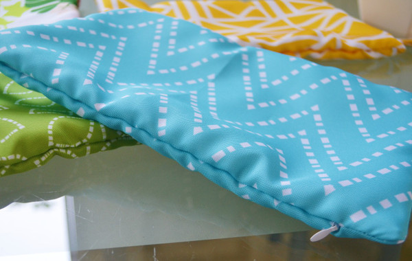 """Waterproof bag / dry wet bag for swim gear/ nappies / lunch box 8"""" x 12"""""""