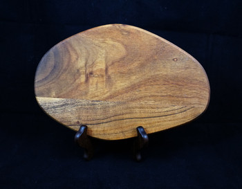 Medium Mango Cutting Board