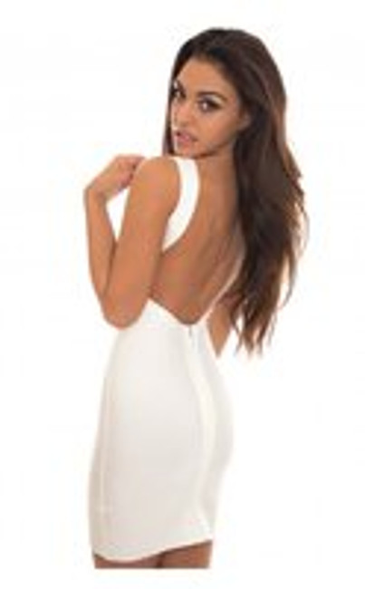 HOW TO CHOOSE A WHITE BANDAGE DRESS