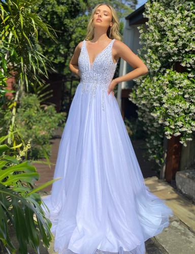 Jadore JX5005 Gown - White