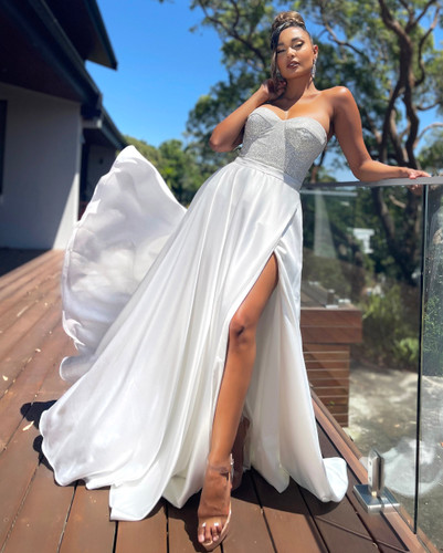 Jadore JX5049 Gown - Ivory