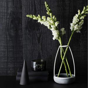 Zakkia - Ghost Concrete Vase - Medium, 13cms Diameter