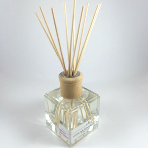 Rohz  Reed Diffuser, Lemon and Verbena