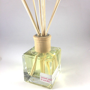 Rohz  Reed Diffuser, Sweet Pea and Vanilla