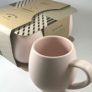 Robert Gordon Pink Hug Me Mugs  (set of 4)  in its packaging