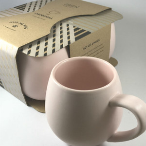 Robert Gordon Pink Hug Me Mugs  (set of 4)  in its packaging