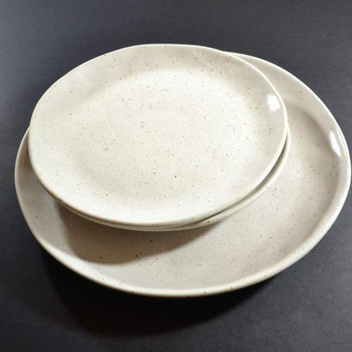 Robert Gordon - Dinner Plate 28cms (Natural), Side Plate 21 cms (Natural) Dinner Set Shown