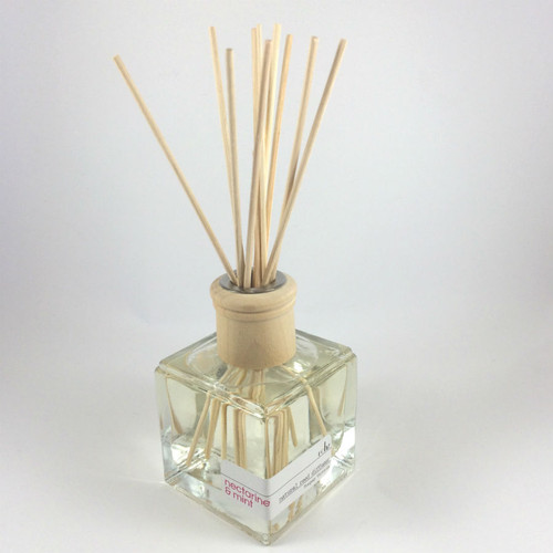 Rohz  Reed Diffuser, Nectarine and Mint