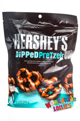 Hersheys Dipped Pretzel Milk Chocolate Pouch 240g