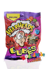 Warheads Chewy Cubes Peg Bag  142g