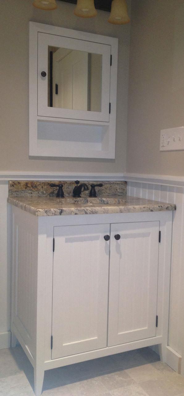 Fantastic Shaker Style Recessed Medicine Cabinet Painted Poplar Home Interior And Landscaping Mentranervesignezvosmurscom