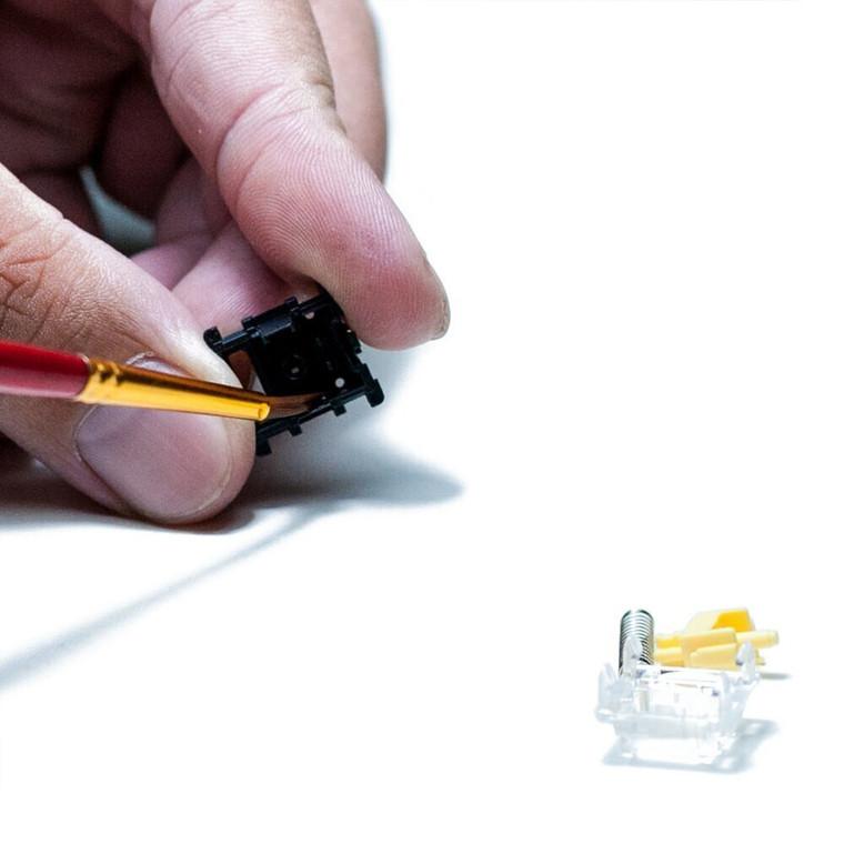 Keyboard Lubricating Oil