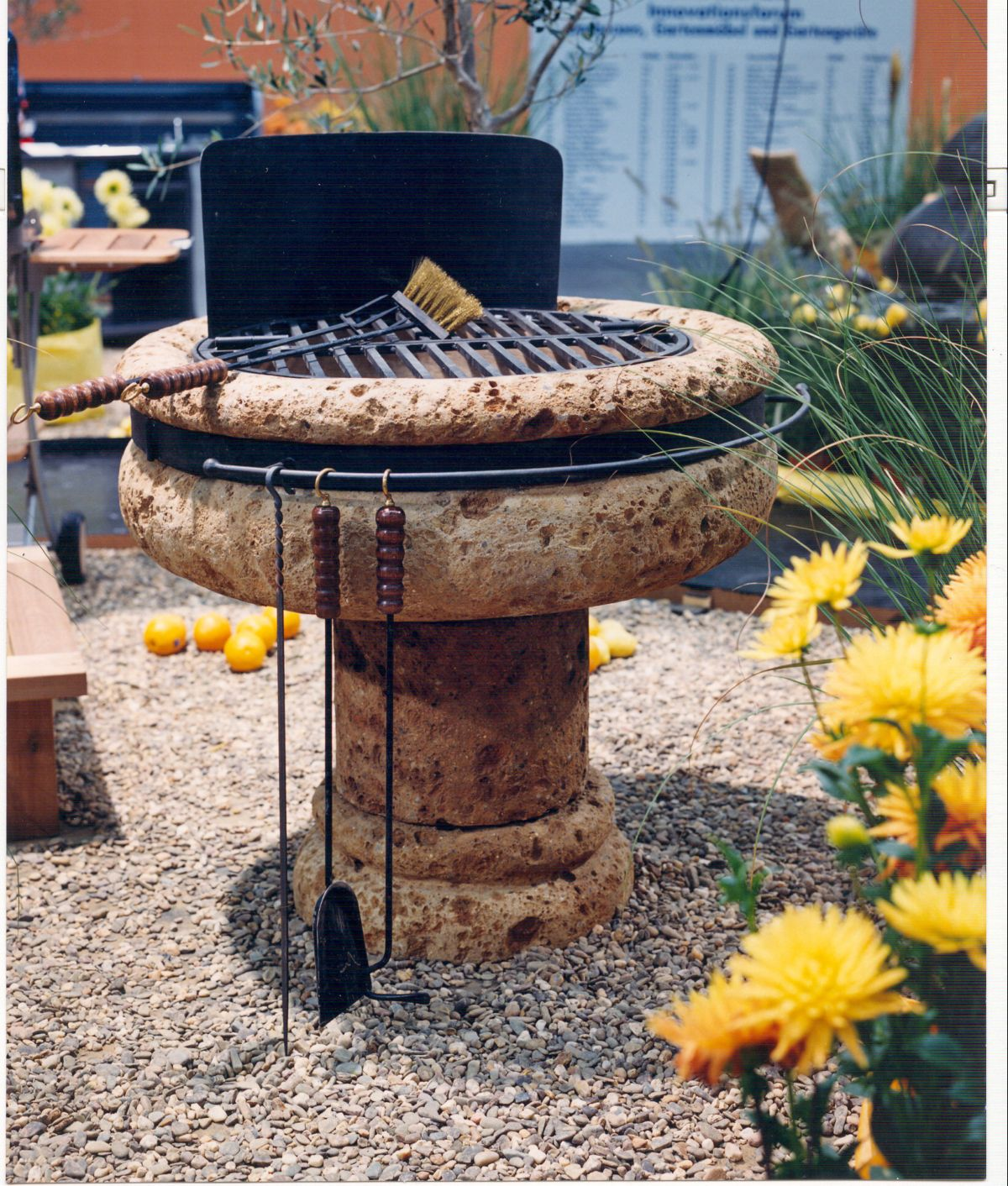 Volcanic Roman Tufo Round Barbeque BBQ *UK ONLY*