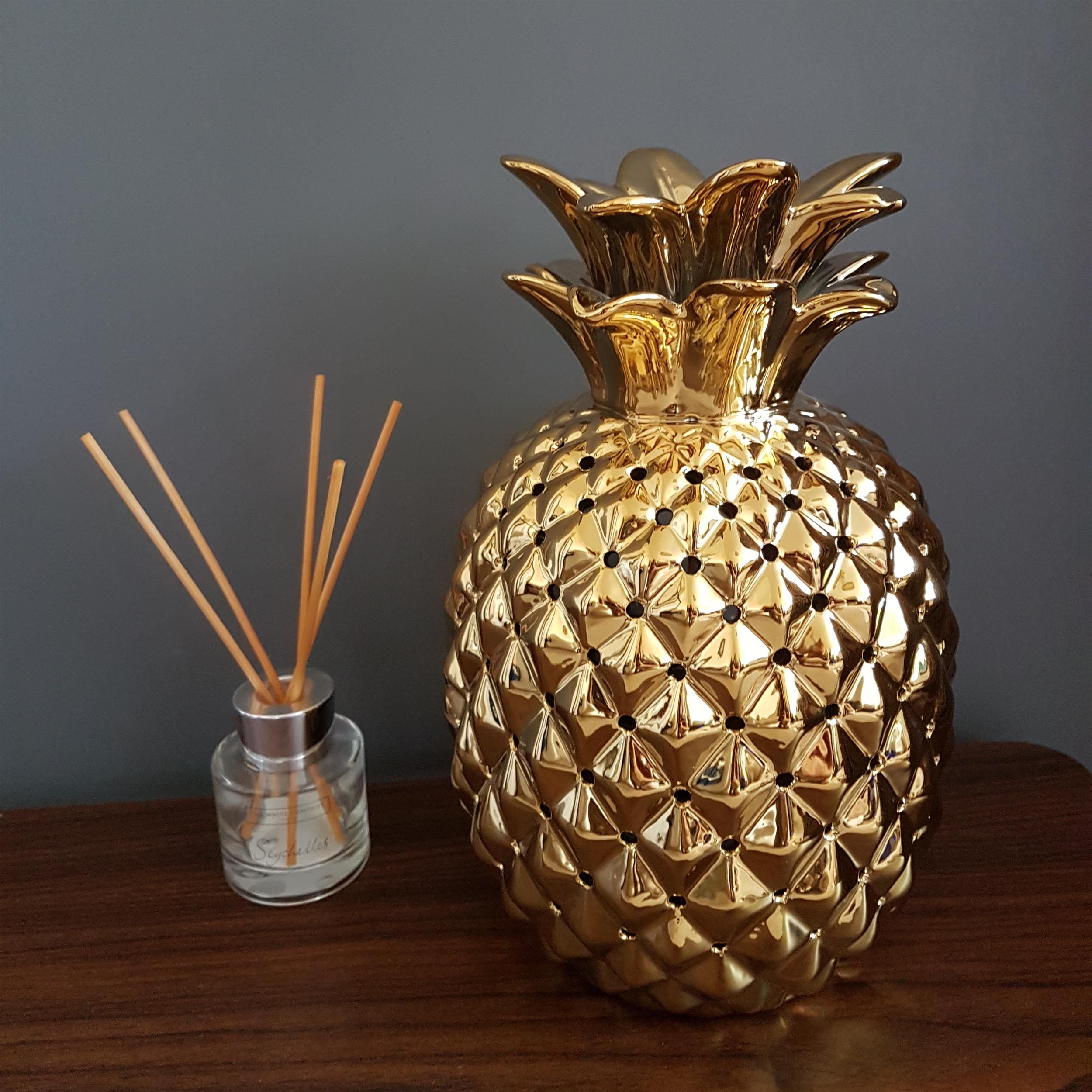Gold Pineapple Lamp with Night Light Effect and Gold Glamour