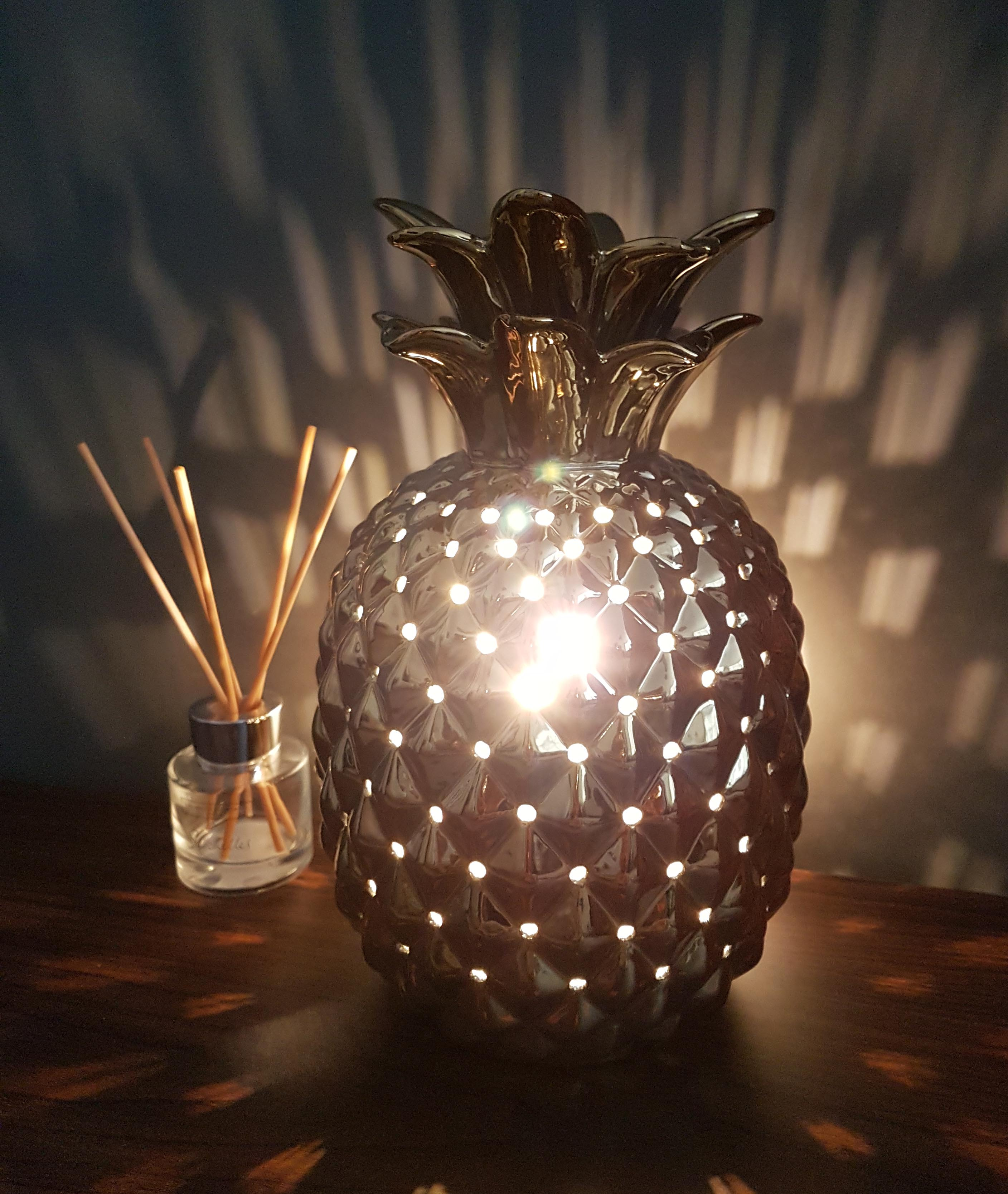 Gold Metal Table Lamp in a Pineapple Design