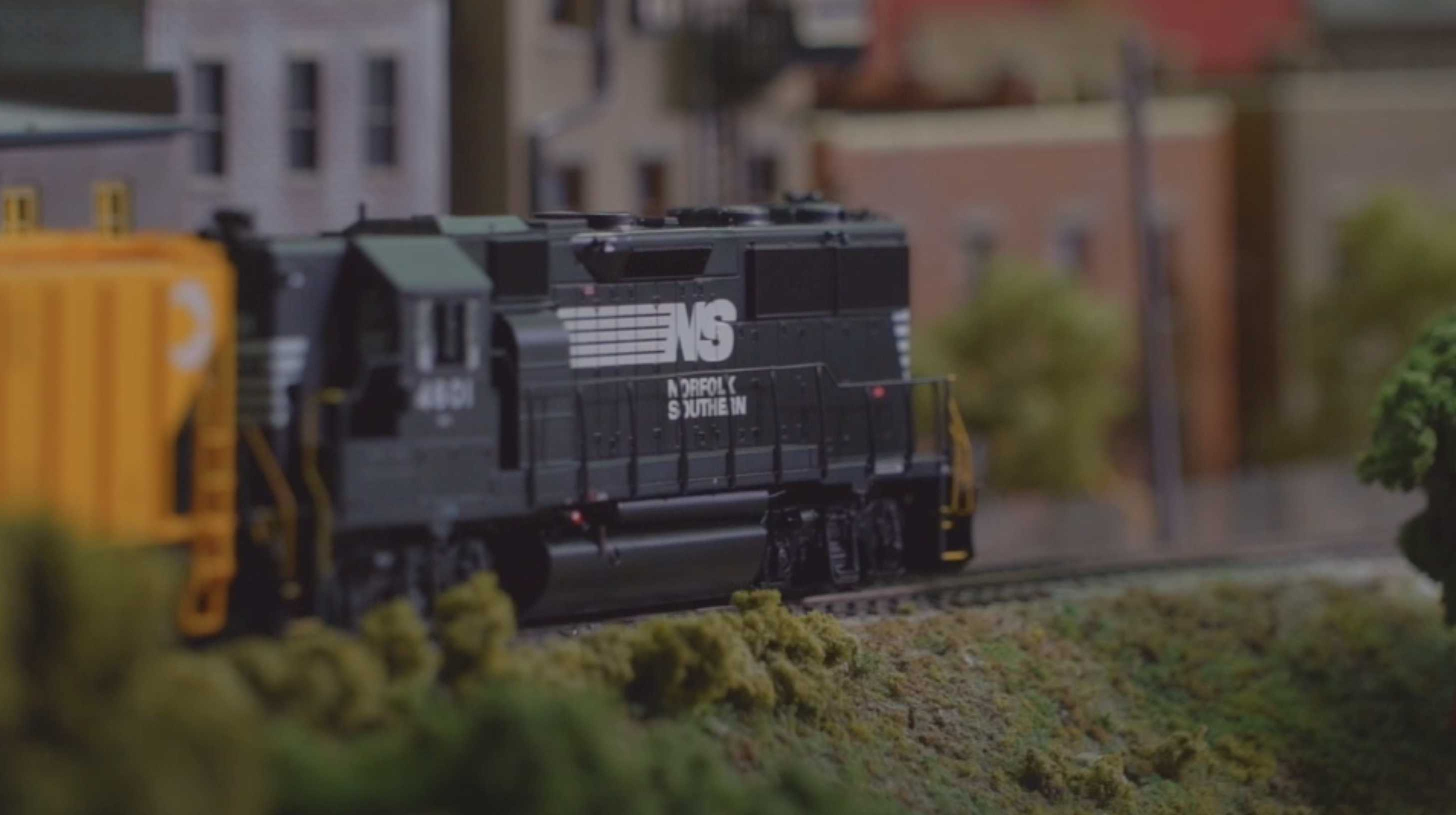 The Athearn Genesis HO Scale GP39X and GP49
