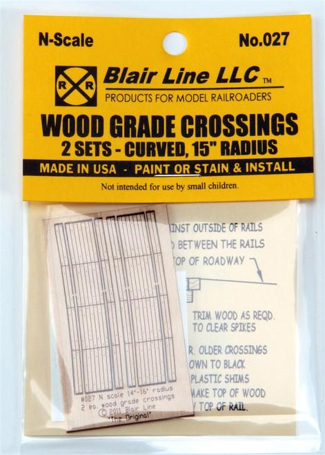 """Blair Line N 027 Laser-Cut 15"""" Radius Curved Wood Grade Crossing (2 sets)"""