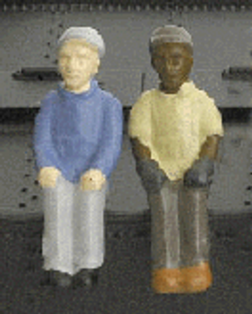 Broadway Limited Imports HO 1004 Sitting Engineer and Fireman Figure Set (2)