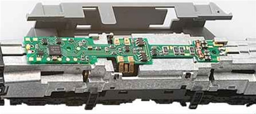 Digitrax N DN163K1D DCC Plug-N-Play Mobile Decoder for Kato GG1, DD51 and EMD Class 66 Locomotives