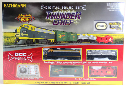 Bachmann HO 00826 Thunder Chief Train Set, Santa Fe (DCC and Sound Equipped)
