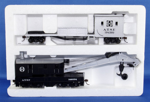 Bachmann Silver Series HO 16102 250-Ton Steam Crane Car with Boom Tender, Santa Fe #194360/199774