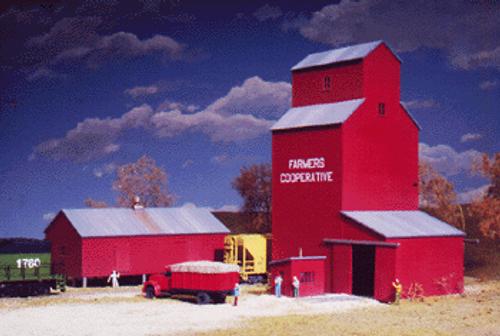 Walthers Cornerstone N 933-3238 Farmer's Co-Op Kit