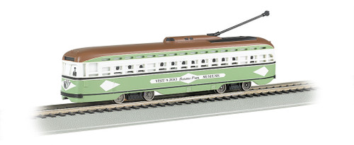 Bachmann HO 60501 PCC Streetcar, San Diego #529 (DCC and Sound Equipped)