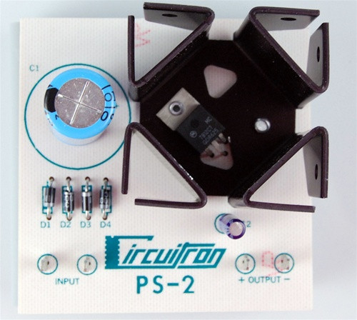 Circuitron 800-5302 PS-2 Filtered and Regulated AC to DC Converter