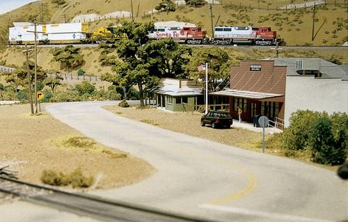 Woodland Scenics HO S928 Mountain Valley Scenery Kit