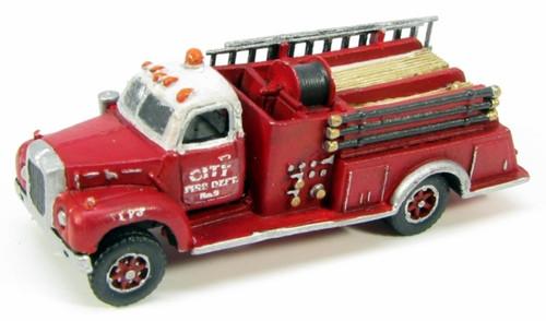 Showcase Miniatures N 133 Mack B Fire Truck Kit