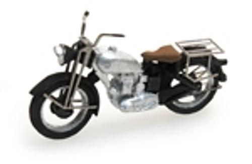 Artitec HO 387.05-SR UK Triumph Motorcycle, Silver