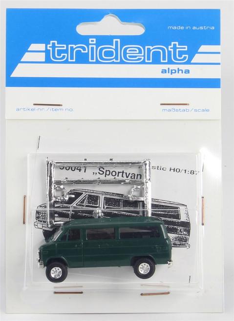 Trident Miniatures HO 900414 Chevrolet Sportvan, Green