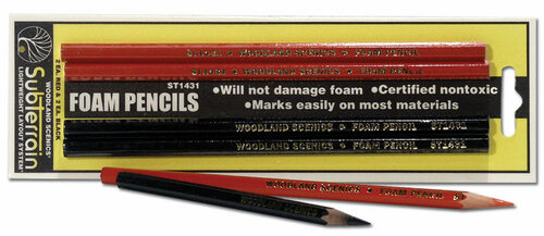 Woodland Scenics ST1431 Black and Red Foam Markers (2)