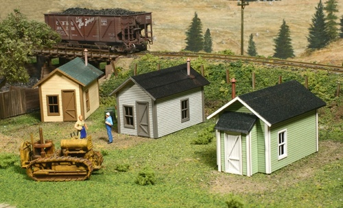 American Model Builders HO 722 Miner's Cabin Kit (3-Pack)