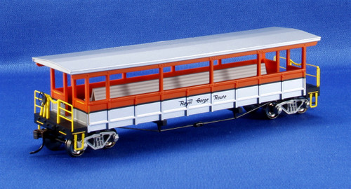 Bachmann Silver Series HO 17435 Open-Sided Excursion Car With Seats, Royal Gorge Route
