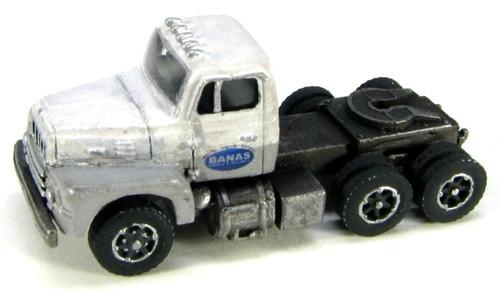 Showcase Miniatures N 104 R-190 Tractor Kit
