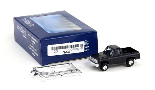 Trident Miniatures HO 90002S Chevrolet 4-Wheel Drive Pickup, Black