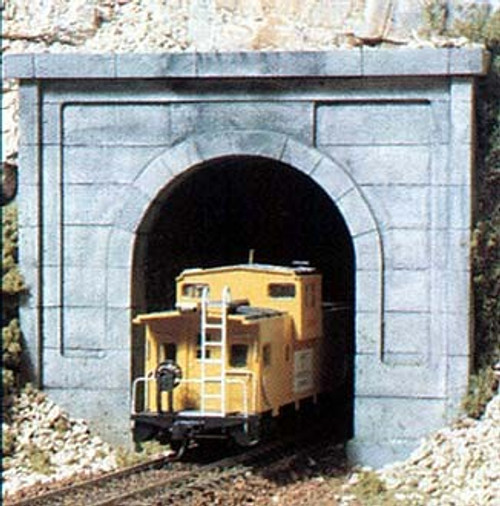 Woodland Scenics N C1152 Concrete Single Track Tunnel Portal (2)