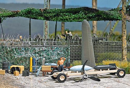 Busch HO 9632 Mini-World, Aircraft Outdoor Field Workshop (d)