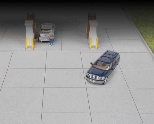 Walthers Cornerstone HO 933-3540 Gas Station Parking Lot Kit (2 Sections)