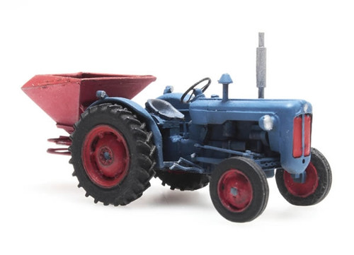 Artitec HO 387.347 Ford Tractor with Broadcast Spreader