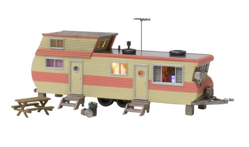 Woodland Scenics N BR4951 Built and Ready Double Decker Trailer (Lighted)