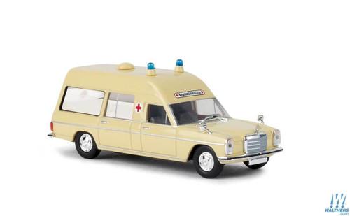 Brekina HO 13800 Mercedes-Benz MB/8 Ambulance, Ivory (German Lettering)