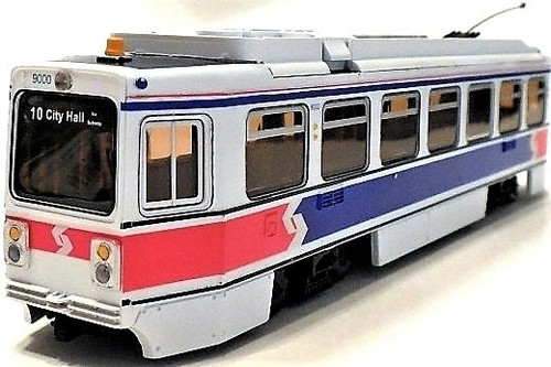 Imperial Hobby Productions HO 8702P Kawasaki Single-End LRV Powered Trolley SEPTA (Phase 2 1981) #9111 (2-Rail DC)