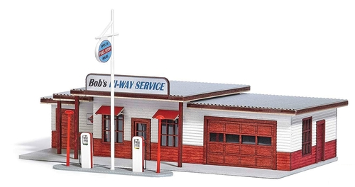 "Busch HO 9723 North American 1950s-Style Gas Station ""Bob's Hi-Way Service"" Kit"