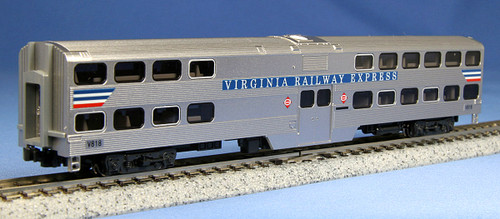 Kato N 1560946 Gallery Bi-Level Coach, Virginia Railway Express #V818